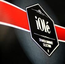 Branding y Catálogo iOlé Gourmet. Un proyecto de Diseño y Publicidad de Chema Castaño - 08-03-2013