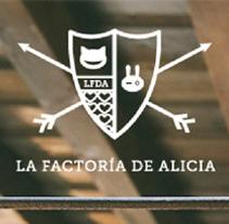 Diseño identidad corporativa/Web La Factoría de Alicia. Un proyecto de Diseño e Ilustración de Se ha ido ya mamá  - Martes, 11 de junio de 2013 12:14:28 +0200
