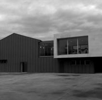 Centro Social en el poblado de Inuesa/Tremañes. Un proyecto de Diseño, Instalaciones, Arquitectura, Arquitectura interior y Diseño de interiores de Jesús Sotelo Fernández - 08-09-2005