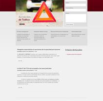 Abogados Campmany WEB. Un proyecto de Diseño, Diseño Web y Desarrollo Web de Marta Arévalo Segarra         - 03.11.2013