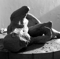 cuerpos en tierra. A Design, and Photograph project by caG igi         - 25.11.2013