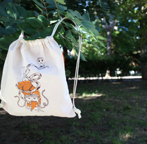 Bags for children. A Illustration, Product Design, and Screen-printing project by carmen  sarrión blasco - 08-12-2013