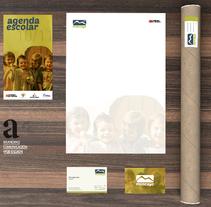 BRANDING  |   COLEGIO MONCAYO   |   . Un proyecto de Diseño, Ilustración y Publicidad de ALEJANDRO  CALVO TOMAS - 02-01-2014
