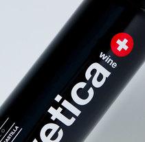 Helvetica Wine. Un proyecto de Dirección de arte, Diseño gráfico, Diseño industrial, Packaging y Tipografía de Wild Wild Web  - 12-06-2014