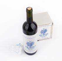 De Mesa | Un vino... de mesa. Un proyecto de Diseño, Br, ing e Identidad, Artesanía, Packaging y Diseño de producto de Sergio Daniel García - 18-06-2014
