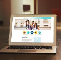 Lauyot Web Mediterranean viajes. Um projeto de Design, Direção de arte e Web design de Esther HIJANO MUÑOZ - 02-07-2014