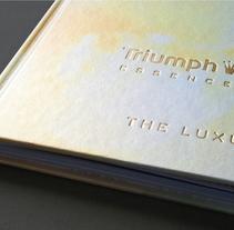 Triumph Essence Brand Book – Spring/Summer 2012. Un proyecto de Diseño, Br, ing e Identidad, Diseño editorial y Diseño gráfico de Katrin Horstkemper         - 30.04.2012