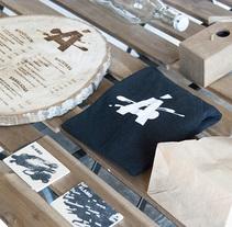 Álamo Branding & Interior. Un proyecto de Dirección de arte, Br, ing e Identidad y Serigrafía de Noem9 Studio         - 17.08.2014