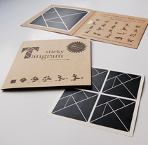 Sticky Tangram. A Product Design project by Fábrica de Texturas  - Oct 19 2013 12:00 AM