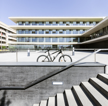 EDIFICIO DE USOS MULTIPLES JCYL, SALAMANCA.. A Architecture, and Photograph project by Álvaro Viera Rodríguez - 06.30.2015