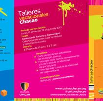 Tríptico Talleres Vacacionales . Um projeto de Design gráfico de Grisel Tolstow - 21-07-2014