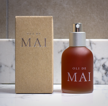 Oli de Mai. A Br, ing, Identit, Graphic Design, Packaging, T, and pograph project by Carles Ivanco Almor         - 09.08.2015