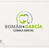 Imagen corporativa para Clínica Dental . A Br, ing, Identit, and Graphic Design project by Roberto Gualda         - 01.08.2015