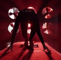 Vodafone - El hombre más rápido del mundo. Um projeto de Publicidade de laura martinez lozano         - 21.11.2014