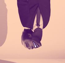 """Caure Bé  - """"Caer Bien"""" /  Ilustración artículo de opinión. . A Illustration project by Ra Paredes Garcia - 17-02-2016"""