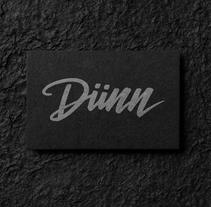 DUNN. Un proyecto de Dirección de arte, Br, ing e Identidad y Diseño gráfico de Jose Carlos Delgado         - 27.06.2016