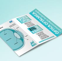 Tríptico Essilor. Un proyecto de Dirección de arte, Br, ing e Identidad, Diseño editorial y Diseño gráfico de Ventura Peces-Barba         - 06.11.2017